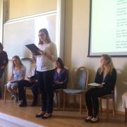 Justyna Korpusik czyta swój wiersz | Justyna Korpusik liest ihr Gedicht vor